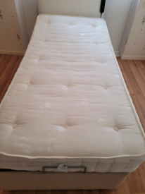 Single electric bed with or without mattress