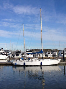 """Steel sailboat 38 ft 3 """"  with 2013 Yanmar Engine for sale"""