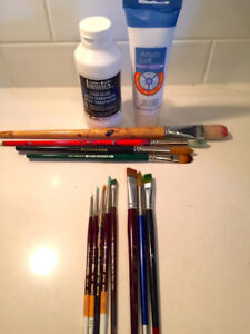 Artist Paint Brushes and Art Supplies