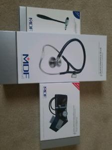 Brand new MDF Blood Pressure cuff, Stethoscope and Reflex Hammer