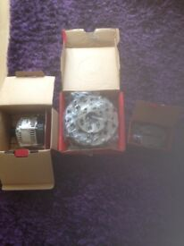 Ford Focus mk1 discs and pads and alternator all new.