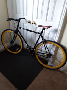 Regal Hornet Single Speed Bike (Not Fixie but Can be changed)