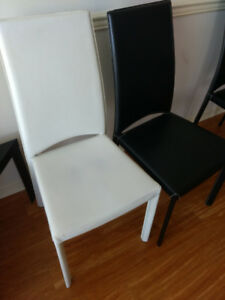 Nice 4  dinning chairs !Good price!