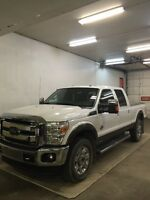2015 F350 LARIAT ((LOADED/WITH DROP IN FIFTH WHEEL HITCH ))