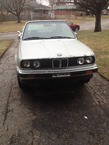 1990 BMW e30 325i convertible with hardtop