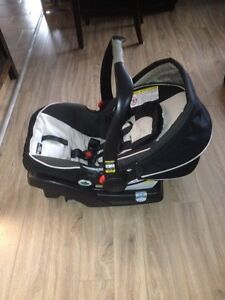 Graco Click Connect 35 Infant Car Seat