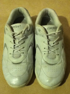 Women's Comfort2 Sport Running Shoes Size 8 London Ontario image 7