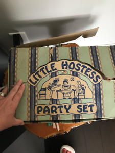 Hazel Atlas Pastel Little Hostess Party Set