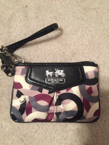Coach Op Art Sateen Wristlet
