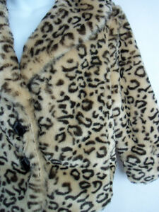 Faux (Fake) Fur Jackets and Coats Peterborough Peterborough Area image 4
