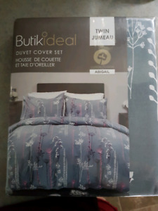 Brand New Duvet Cover set
