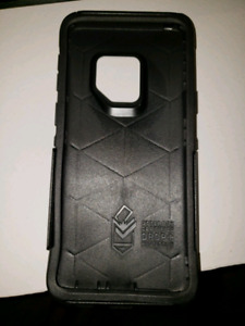 Otterbox Commuter Series Case for Galaxy S9