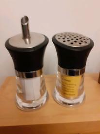 Spice & Sugar Shakers
