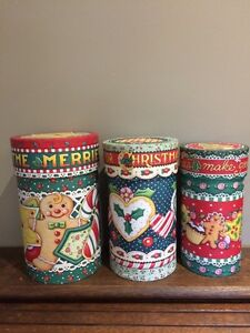Set of three nesting cardboard canisters