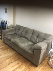 3 Seat Couch in good condition for immediate sale
