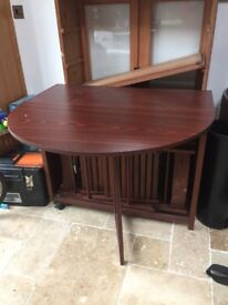 Extendable oval table & 4 chairs