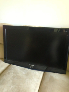 "Samsung TV package -- 40"" plasma and  SMART 1000watts ht"