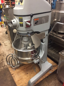 Globe 30 Quart Heavy Duty Mixer