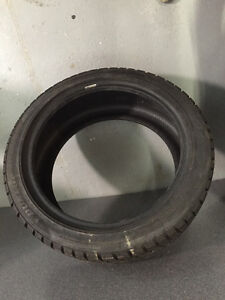 Pneus hiver Dunlop Graspic DS2   215 45 17