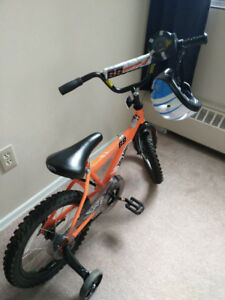 "Almost new 16"" Hot Wheels Boys' Bike + complimentary Helmet"