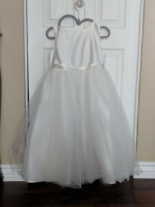 Flower Girl  Dress (size 6)