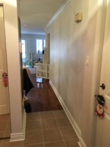 King West Furnished 2 Bedroom, 2.5 Bath Townhouse for Jul & Aug