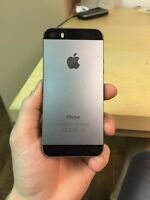 (BELL / VIRGIN) iPhone 5S Black 64GB - Great Condition