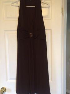 Brown dress sz 16 and sz 9 champagne coloured shoes Windsor Region Ontario image 3