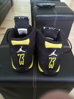 Air Jordan Retro 14 THUNDER  size 9.5