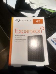 new seagate 4tb exoansion usb 3 portable external hard drivr