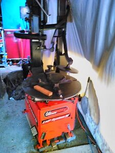 JOHN BEAN  SNAP ON RUN FLAT TIRE CHANGER WITH TILT HEAD & AIR Windsor Region Ontario image 1
