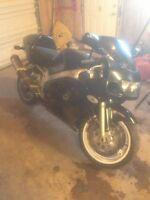1997 gsxr 600 black 2800