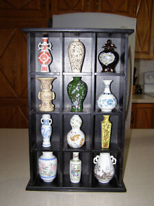 Vases et jugs de collections