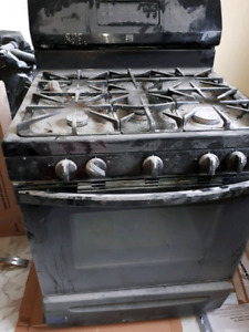 Gas stove with conventional oven