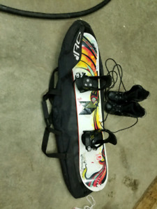 Kids snowboard boots bindings and bag