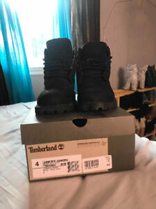 Timberland taille 4 junior (6 pour femme)