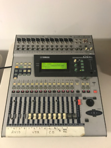 Yamaha O1V Digital Mixer Programmable Mixing Console 16 Channel