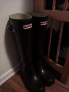 Hunter Boots-Matte Finish-Lightly Used