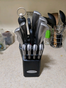 Farbreware 12-pc Stainless Steel Knife Set-pick up April  14-29