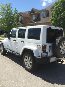 Jeep 2012 Wrangler Sahara Unlimited 4x4 Leather, Navigation+++