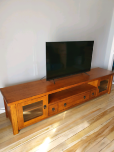 Solid Wood TV cabinet Excellent condition