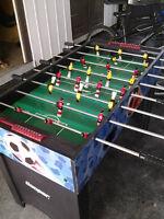 table de babyfoot et table de ping pong