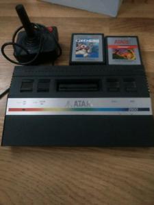 Atari 2600 + 2 jeux