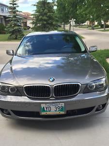2007 BMW 7-Series 750i Executive Package Low KMS