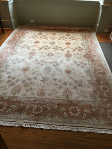 """Persian (Tabriz) Hand Knotted Wool rug 95""""x128"""""""