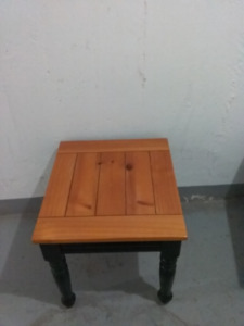 Side Table | Buy or Sell Coffee Tables in Ottawa | Kijiji ...