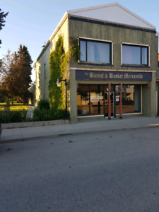 388.000CND Commercial retail/ residential buildinh