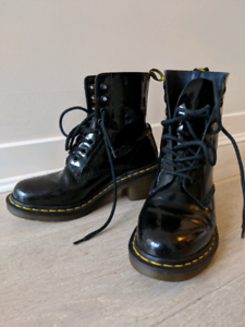 Dr Martens Clemency Patent Leather Heeled Lace Up Boots Size 7