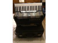 Hohner Morino vn piano accordion