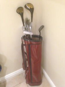 Vintage Spalding Star-Flight Golf clubs and bag